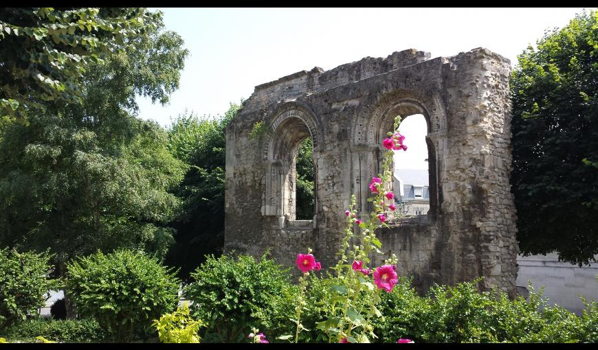 Ruines arches < Soissons < Aisne < Picardie