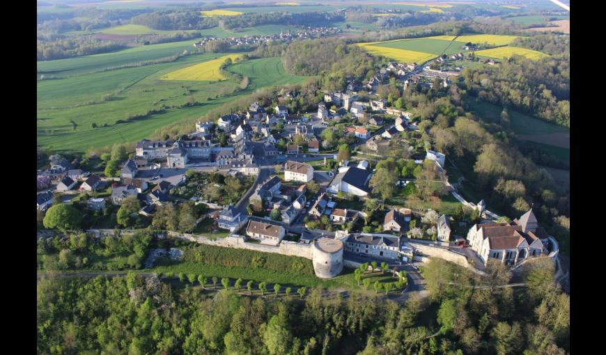 COUCY-LE-CHATEAU-AUFFRIQUE La Tour prend garde